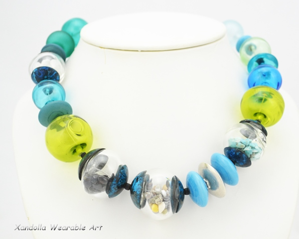 Memory Beads necklace with blown hollows