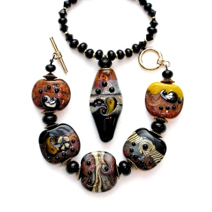 Pilbara Series necklace and bracelet