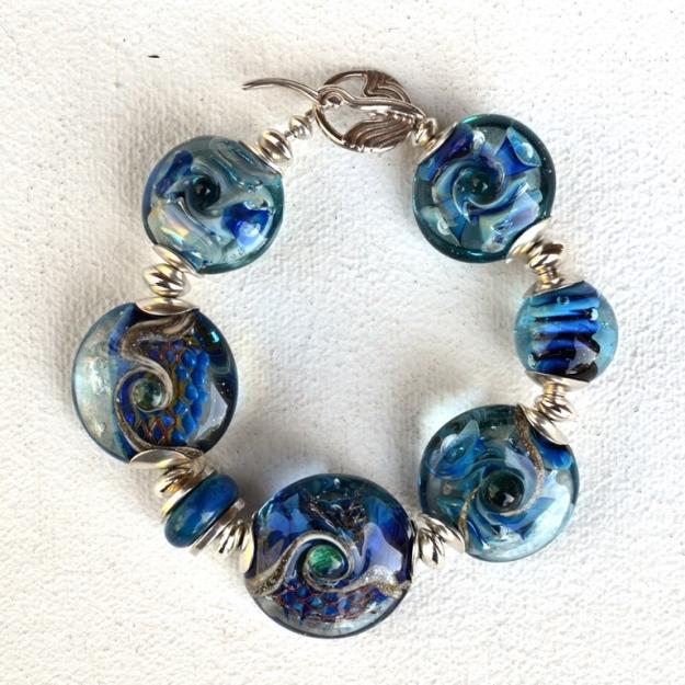 1687 Seabed Series bracelet